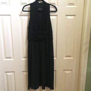 Jones New York sleeveless cocktail dress size 16